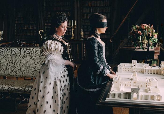 La Favorita: gli intrighi di palazzo nell'Inghilterra del '700 - Recensione 1
