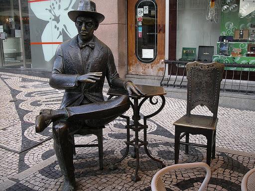 Fernando Pessoa: la solitudine in mezzo alla gente 1