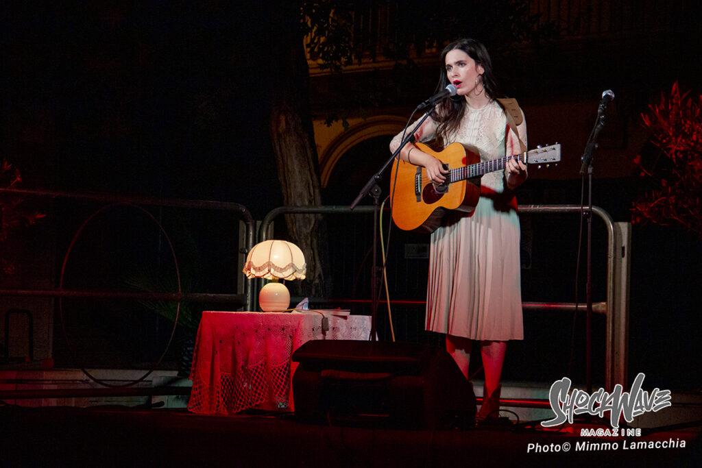 Erica Mou in concerto a Rutigliano – Live Report e Photogallery 9