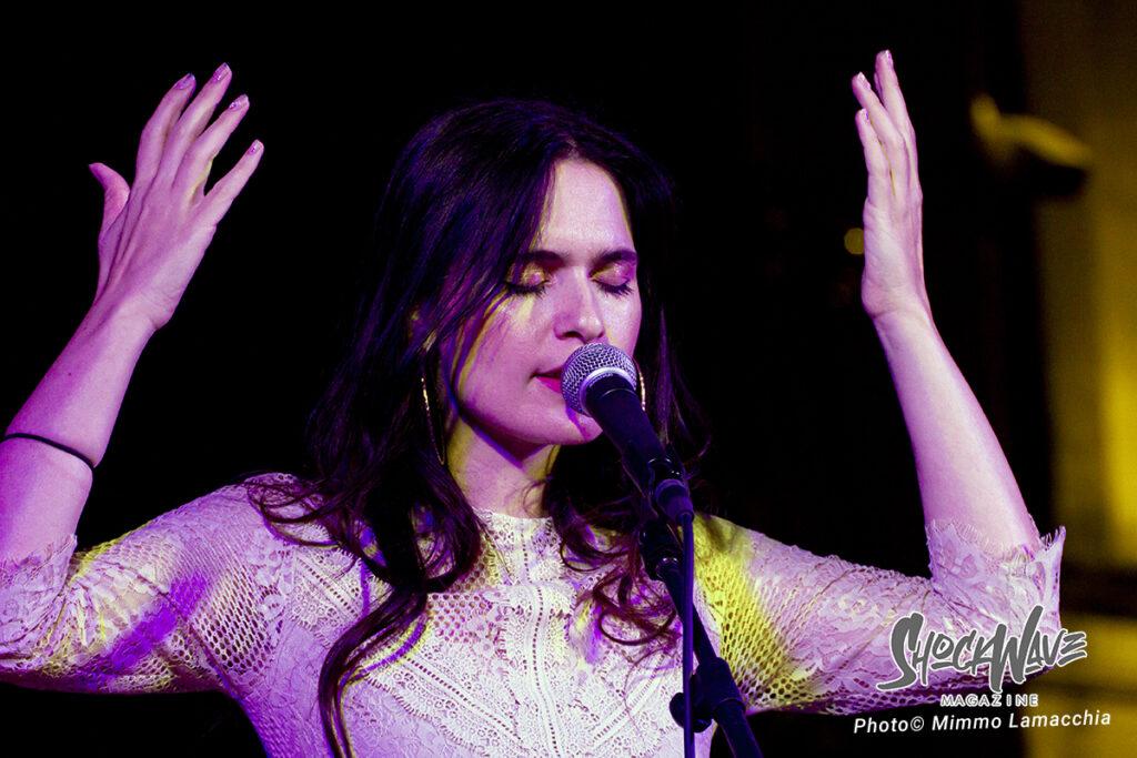 Erica Mou in concerto a Rutigliano – Live Report e Photogallery 13