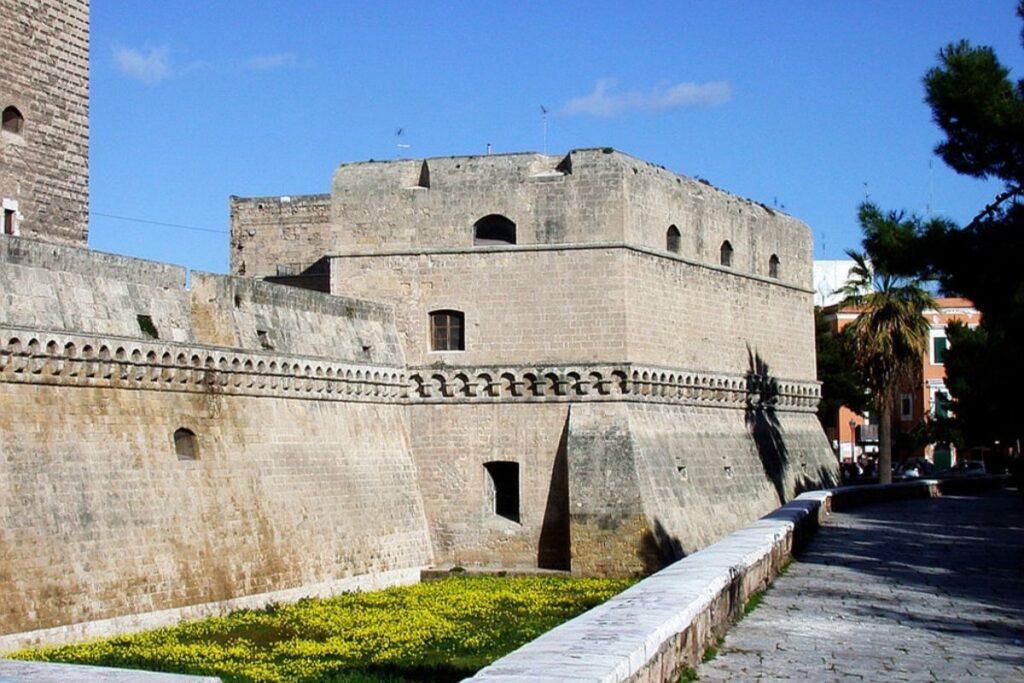 Bari, la città natale di Lolita Lobosco 4