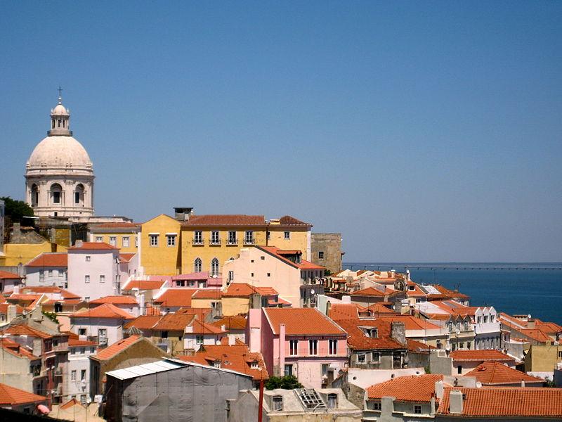 Marcello Sacco racconta una Lisbona in chiave antropologica [Recensione] 2