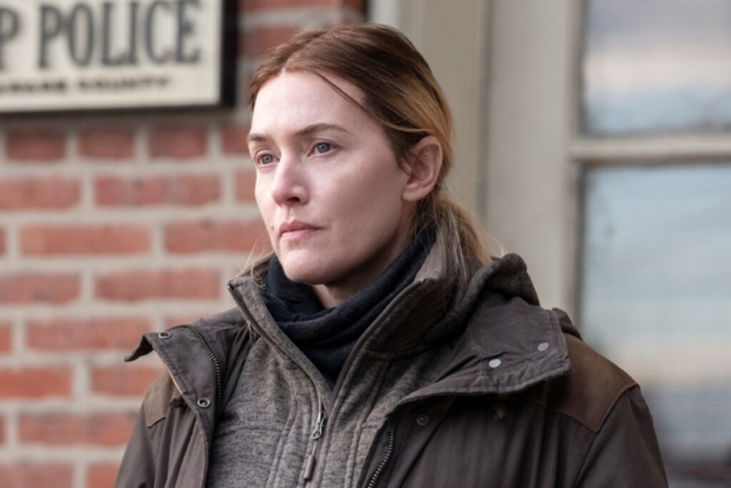 Omicidio a Easttown è la serie dell'anno. Un'opera d'autore tra thriller e maternità | Recensione